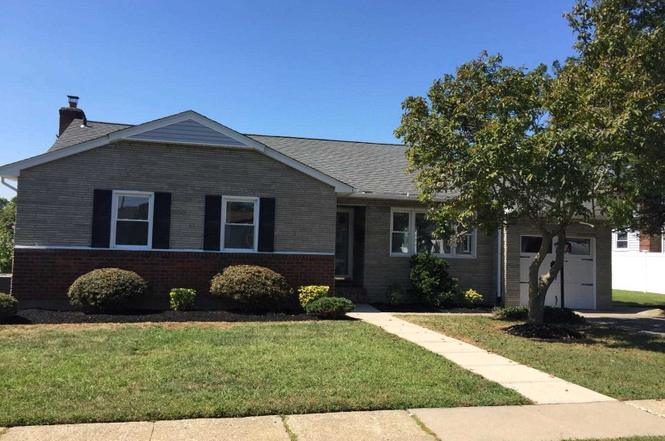Single family home in Bellmore Nassau County New York sold for a cash offer